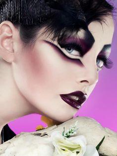 Rebeca Saray Photography » macro-beauty-purple-fantasy-makeup