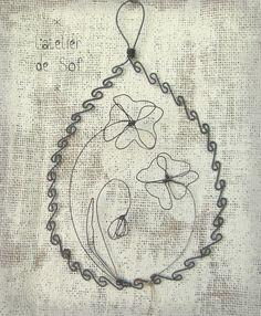 Médaillon fil de fer coquelicots fleurs latelierdesof fil recuit métal deco : Décorations murales par latelierdesof