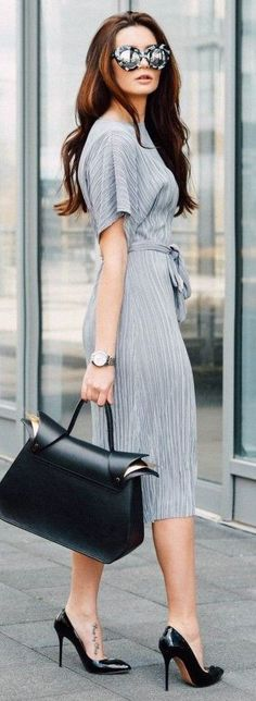 Casual outfits 25 street fashion, office fashion, work fashion, fashion n. Women's Fashion Dresses, Casual Dresses, Casual Outfits, Work Outfits, Street Style Summer, Casual Street Style, Office Fashion, Work Fashion, Street Fashion