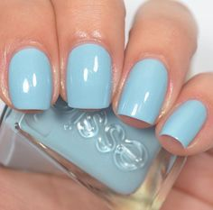 Essie - First View (Gel Couture Atelier Collection)