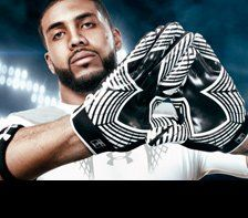 Men's Football Gear & Clothing White Football Gloves, Black And White Football, Black And White Man, Football Gear, Football Outfits, Cool Gear, Under Armour, Fitness, Sports