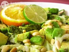 Avocado & kale salad(low-carb, paleo). A recipe from KetoDiet for the iPad, KetoDiet Basic for the iPhone and KetoDiet Kindle book.