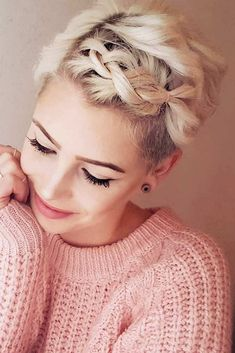 If you are a self-respecting woman that wants to cut her hair short, you should check out the pixie cuts we prepared for you. Don't pass by these ideas: we will show you that pixies are worth your attention. #pixiecuts #pixiehaircuts #haircuts