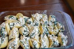 Health Conscious Momma: Spinach Chicken Stuffed Shells