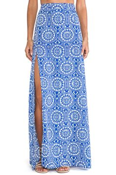 Shop for Show Me Your Mumu Mick Slit Maxi Skirt in Mykonos at REVOLVE. Southern Belle Style, Summer Outfits, Cute Outfits, Revolve Clothing, Skirt Fashion, What To Wear, Mykonos, Clothes For Women, My Style