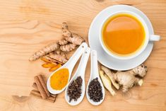 Turmeric is known to have more that 600 health benefits! Since there are so many health benefits of curcumin, turmeric tea is one way of enjoying them. Turmeric Tea Benefits, Turmeric Drink, Turmeric Anti Inflammatory, Turmeric Curcumin, Organic Turmeric, Fat Cutter Drink, Ginger Tea, Health Breakfast, Calories