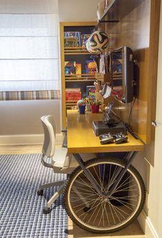 45 Fantastic Computer Gaming Room Decor Ideas and Design Home Office Design, Home Office Decor, House Design, Pimp Your Bike, Computer Gaming Room, Deco Originale, Deco Design, Office Interiors, Beautiful Interiors
