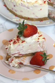 Buttery Biscuit Base, White Chocolate Cheesecake with Strawberry Filling, Whipped Cream, More Chocolate, and even more Strawberry! The most amazing White Chocolate and Strawberry Cheesecake! White Chocolate Cheesecake is such a delicious flavour for me, but I love it with some fruit in as well. White Chocolate and Strawberry Cheesecake however is such a delicious combination to me that I just had to make it for you guys! I used Cream Cheese, Icing Sugar, Vanilla, Cream, Chocolate and…