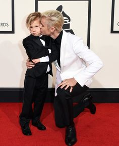 Justin Bieber and Jaxon Bieber at the 2016 GRAMMYs