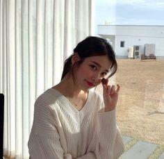 Image in LJE Lee Ji Eun collection by Charlize Kpop Girl Groups, Kpop Girls, Person Sitting, Korean Actresses, Korean Actors, Korean Singer, K Idols, Elvis Presley, Role Models