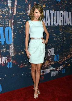 Taylor Swift's Style File | Fashion, Trends, Beauty Tips & Celebrity Style Magazine | ELLE UK
