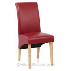 Our Heston Oak Dining Chair has an elegant scroll top backrest which cuts a stylish silhouette.