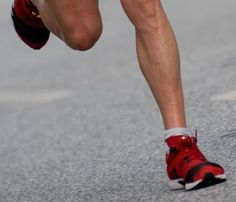 Know Your Injury: Shin Splints vs. Lower Leg Stress Fracture
