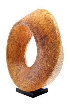 Mamerto Tindongan, Wood Sculptor: Hocking Hills Ohio