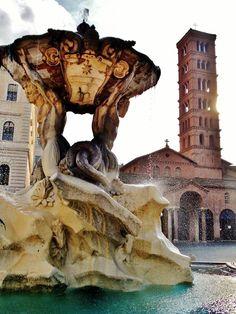 Foto di Stefano Durastante.Fontana della Bocca della Verità e Santa Maria in Cosmedin.