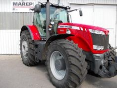 Picture from a massey fergusson tractor. More pics and ads are available on our dedicated page on our website http://www.agriaffaires.co.uk/used/farm-tractor/1/4044/massey-ferguson.html Come and check it out