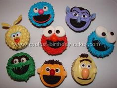 Take a look at the coolest homemade Sesame Street cupcakes. You'll also find loads of homemade cake ideas and DIY birthday cake inspiration. Sesame Street Cupcakes, Sesame Street Cake, Sesame Street Birthday, Diy Birthday Cake, Elmo Birthday, Birthday Ideas, Birthday Cookies, Seasame Street Party, Character Cupcakes