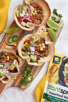 Dive fork-first into a Build Your Own Tostados Bowl with our Zesty Mexican Style Superfood Skillet plant-based tofu crumbles. Tofu Recipes, Mexican Food Recipes, Cooking Recipes, Ethnic Recipes, Vegan Vegetarian, Vegetarian Recipes, Healthy Foods, Healthy Recipes, Kitchen Witch