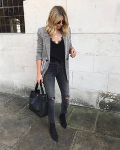 56 Work Attire For Your Perfect Look This Winter Attire Blazer outfits with work fashion ideas Mode Outfits, Casual Outfits, Fashion Outfits, Edgy Work Outfits, Fall Office Outfits, Blazer Outfits For Women, Dinner Outfits, Autumn Outfits, Blazer Fashion