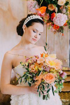 Bridal Makeup Bridal Hairstyle Brautmakeup und Brautfrisur by mubka.ch Katie Tschirren Blumen: Evelyn Kühr Foto: Ladies and Lord | Claudia Magas Model: Polina  #makeup #swissmua #makeupartistschweiz #beauty #naturalbeauty #promlook #makeupandmuas #weddinglook #brautmakeup #eyes #eyeshadow #skin #glow #beautyphotography #muagrapher #glamour #bridalmakeup Beauty Photography, Hair Inspiration, Wedding Inspiration, Lord, Bridal Hairstyle, Glamour, Models, Bridal Makeup, Hair Makeup