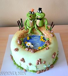 Frog cake - struck me as very summery...