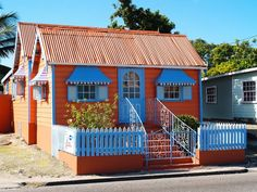 One of the most noticeable chattel houses in Barbados is located on Wildey Main Road, St Michael. It has the Barbados National Trust designation and is sponsored by Harris Paints.. 11/24/14