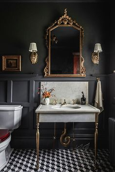 31 Inspiring Black Powder Room Design Ideas With Modern Style Bathroom Interior Design, Modern Interior Design, Interior Decorating, Eclectic Bathroom, Bathroom Styling, Contemporary Interior, Kitchen Interior, Modern Bathroom, Interior Ideas