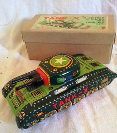 1950s japanese made tin plate tank boxed