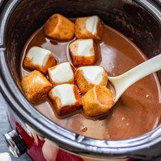 3-Ingredient Slow Cooker Hot Chocolate Recipe - Happy Foods Tube