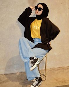 Casual Hijab Outfit, Ootd Hijab, 90s Outfit, Hijab Chic, Modern Hijab Fashion, Hijab Fashion Inspiration, Korean Fashion Trends, Muslim Fashion, Girl Trends