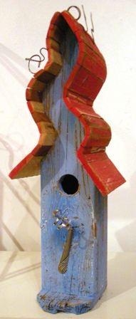 Birdhouse - Blue & Red (AA7)