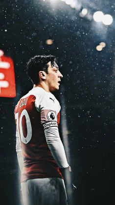 Football Hits, Best Football Players, Arsenal Football, Football Match, Ozil Mesut, Mesut Ozil Arsenal, Arsenal Pictures, Arsenal Fc Players, Bayern Munich Wallpapers