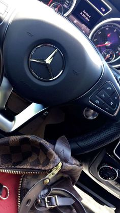 Besides getting to know all you can about your car's make and model, you should know a few other tricks as well. Read on to save time and money. Mercedes Benz Cla 250, Mercedes Sports Car, C 63 Amg, Mercedez Benz, Fake Photo, Car Wallpapers, Sport Cars, Luxury Lifestyle, Luxury Cars