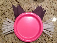 My daughter's cat-themed birthday party. Cat plates (construction paper and pipe cleaners glue-gunned on). Cat Birthday, Third Birthday, Birthday Ideas, Birthday Parties, Kitten Party, Cat Party, Pipe Cleaners, 1 An, Office Parties