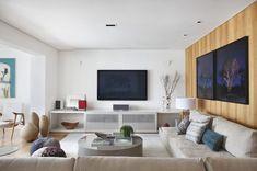 Um lar para receber e se esconder - Casa Vogue   Interiores