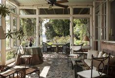 Für den Terrassen Bodenbelag Naturstein wählen
