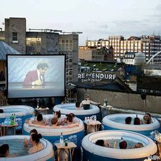 Air Cinemas In London — Outdoor Film Screenings Hot tub cinema, London, England. A special pop-up event for sure! A special pop-up event for sure! Backyard Movie Nights, Outdoor Movie Nights, Valentinstag Party, Cinemas In London, Outdoor Cinema, Outdoor Theater, Strawberry Mousse, Valentine Desserts, Low Carb Cheesecake