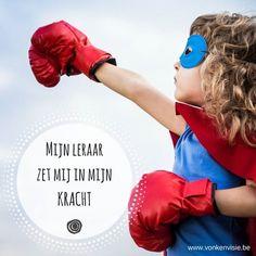 """""""STEVIG IN JE SCHOENEN VOOR DE KLAS!"""" Tweedaagse vorming - onderwijs  Zet mensen in hun kracht!  In deze weerbaarheidstraining kom je al doende tot nieuwe inzichten over jezelf en anderen.  Je zal je eigen communicatievaardigheden verder aanscherpen via een actieve speelse en ervaringsgerichte aanpak. We werken met psycho-fysieke oefeningen: oefeningen met je lijf die invloed hebben op je geest. De trainers zijn gecertificeerd Rots&Water-trainer.   Meer informatie vind je hier…"""