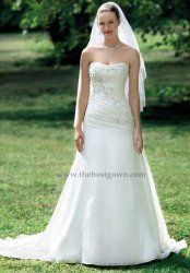 A line sweetheart mermaid wedding dress fit any figure by www.thebestgown.com