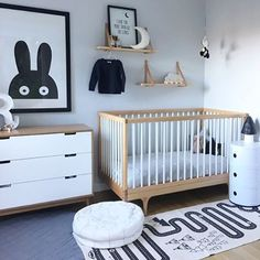 How cute is this kid's room! The beautiful home of @daniellenicoledavies. OYOY Adventure Rug available online.