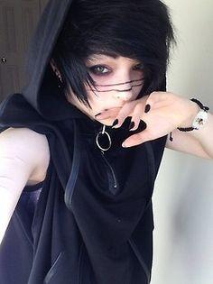 emo boy??? Who's prettier than me