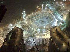 night view of Masjid Al Haram, Makkah Masjid Al Haram, Abu Dhabi, True Religion, Mecca Madinah, Mekkah, Beautiful Mosques, Dubai City, Islamic Art, Beautiful Pictures