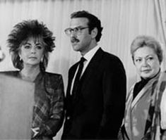 Elizabeth Taylor, Dr. Michael Gottlieb, and Dr. Mathilde Krim announce the creation of the American Foundation for AIDS Research in September 1985.