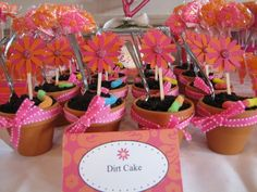 Dirt cake in mini flower pots and daisy picks #gardenparty #dirtcake