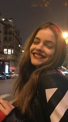 Top 50 Wallpapers of Hot Barbara Palvin Barbara Palvin Snapchat, Tumblr Girls, Alexa Chung, Budapest, Photography Poses, Beauty Women, Kendall Jenner Outfits, Victoria's Secret, Victoria Beckham