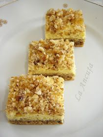 La Ancuţa: Prajitura Suzette Krispie Treats, Rice Krispies, Delicious Desserts, Sweets, Baking, Food, Gummi Candy, Candy, Bakken