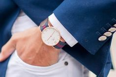 See all DW watches for both women and men. Find and buy your Daniel Wellington watch here. Daniel Wellington Men, Giorgio Armani, Dw Watch, Gents Fashion, Amazing Watches, Elegant Watches, Dapper Men, Chic, Moda Masculina