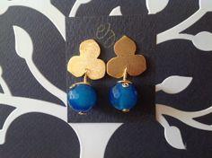 Zarcillos con baño de oro y ágata azul