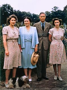 King George VI with his wife Queen Elizabeth and their daughters Princess Elizabeth and Princess Margaret at Royal Lodge in Windsor. Get premium, high resolution news photos at Getty Images George Vi, Hm The Queen, Her Majesty The Queen, Reine Victoria, Queen Victoria, Lady Diana, Queen Elizabeths Sister, Queen's Sister, Royal Families