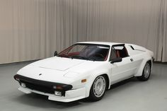 1986 Lamborghini Jalpa  Maintenance/restoration of old/vintage vehicles: the material for new cogs/casters/gears/pads could be cast polyamide which I (Cast polyamide) can produce. My contact: tatjana.alic@windowslive.com